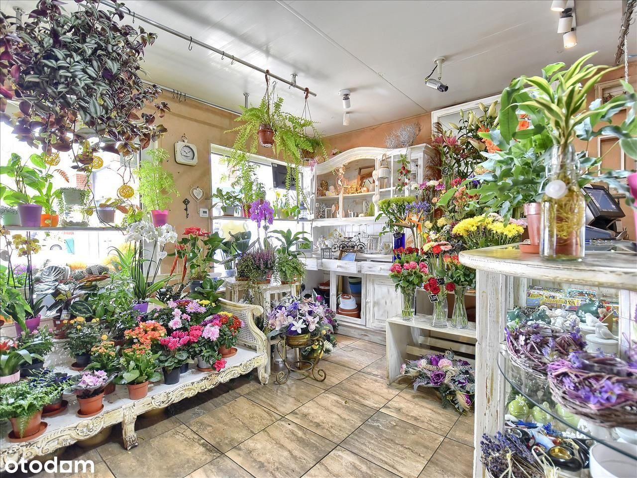 Piękna Kwiaciarnia W Doskonałej Lokalizacji
