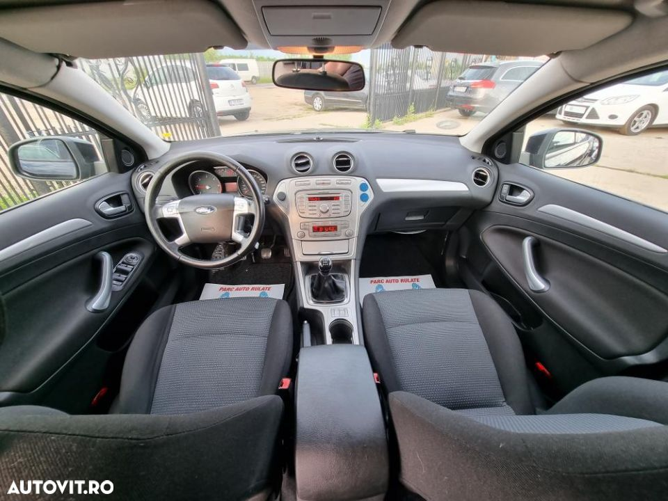 Ford Mondeo 1.8 - 2