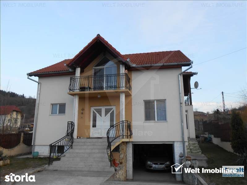 Casa cu garaj in Salicea, Cluj, teren 829 mp, 12 km de centru, panouri