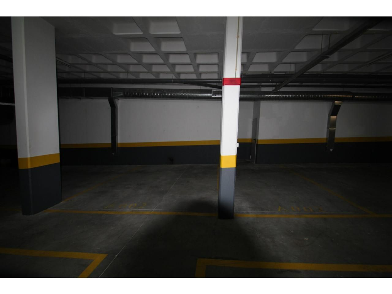 Lugar de Estacionamento Coberto - Cabanas de Tavira - Golden Clube