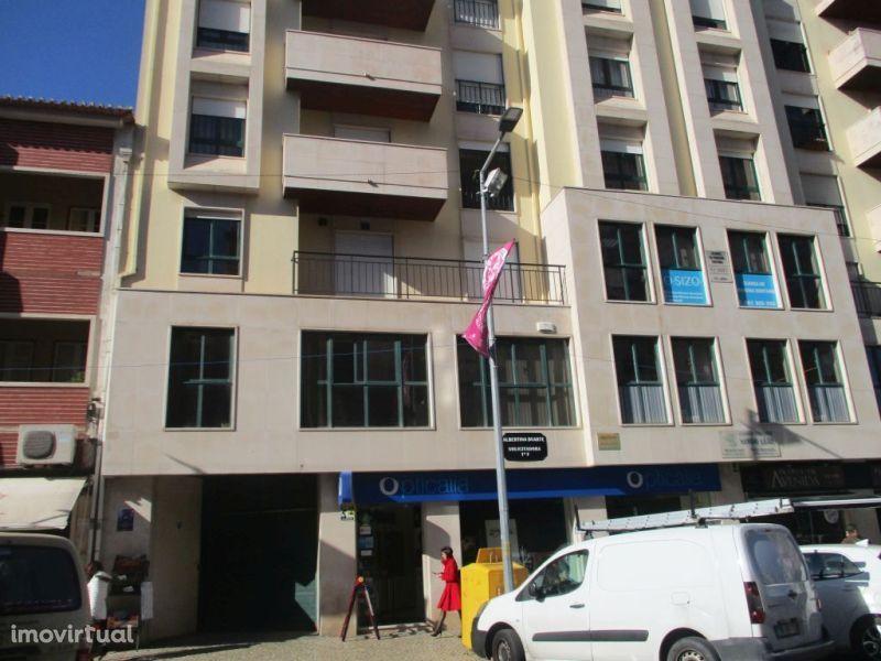 Garagem para comprar, Torres Vedras (São Pedro, Santiago, Santa Maria do Castelo e São Miguel) e Matacães, Torres Vedras, Lisboa - Foto 7