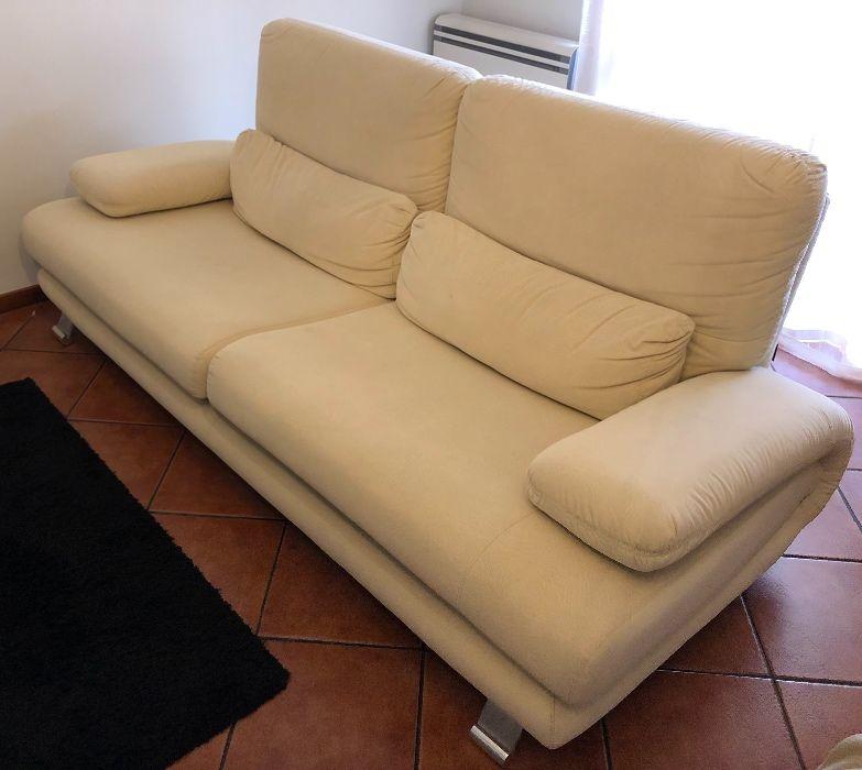 Conjunto de sofás como novos
