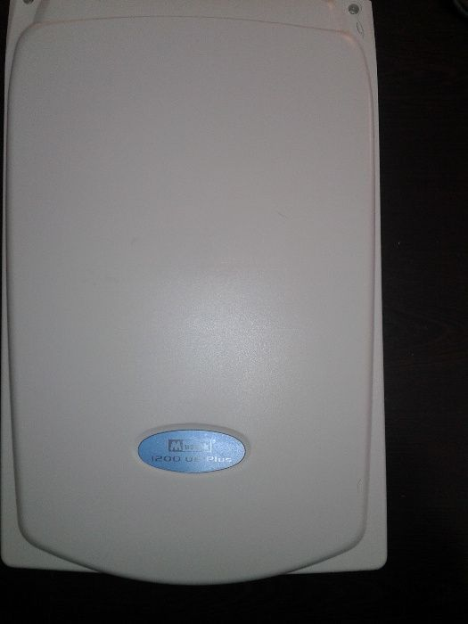 Scanner Mustek 1200 UB Plus