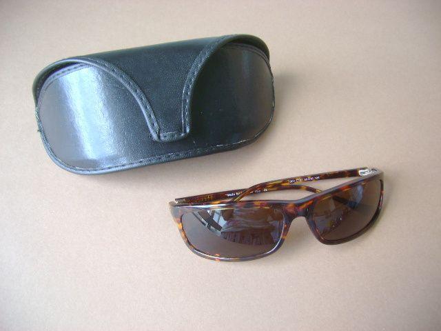 Óculos de sol Mulher Q óptica Italy armação tartaruga novos
