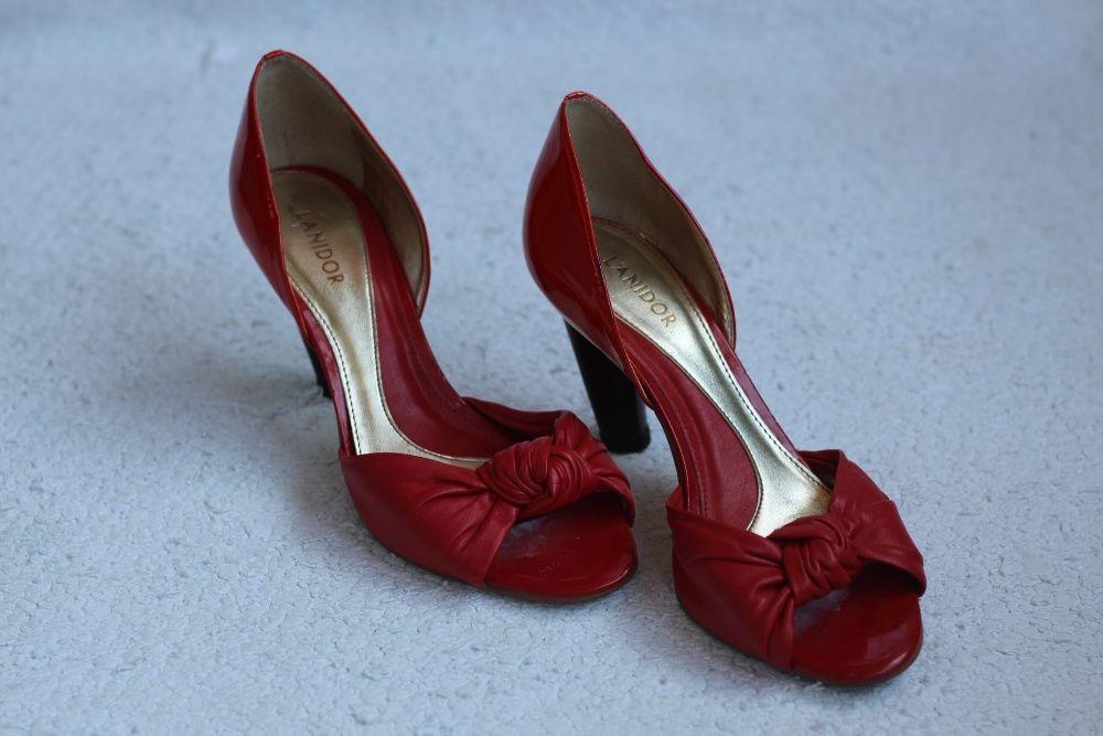 1787880b6 Sapatos Vermelhos - Calçado - OLX Portugal - página 4