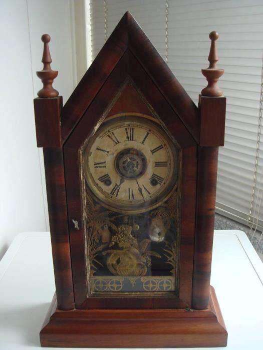 Relógio Capela Muito Antigo Lamego (Almacave E Sé) - imagem 1