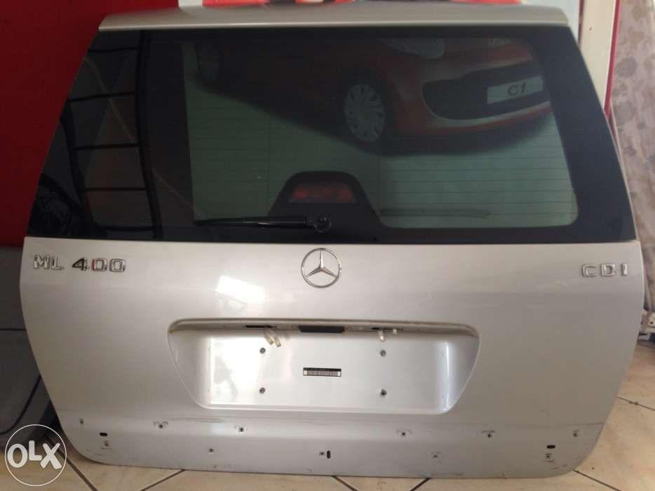 Tampa da Mala Mercedes-Benz ML