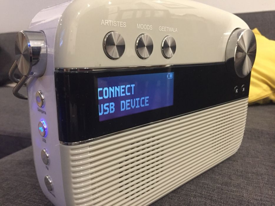 CARVAAN - Coluna Bluetooth + rádio