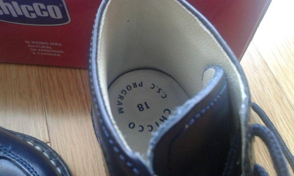 SapatoBotinha azul Tam.18 de Bebé marca