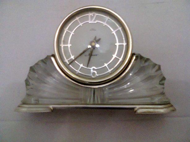 Настольные маяк продать часы буран стоимость часов