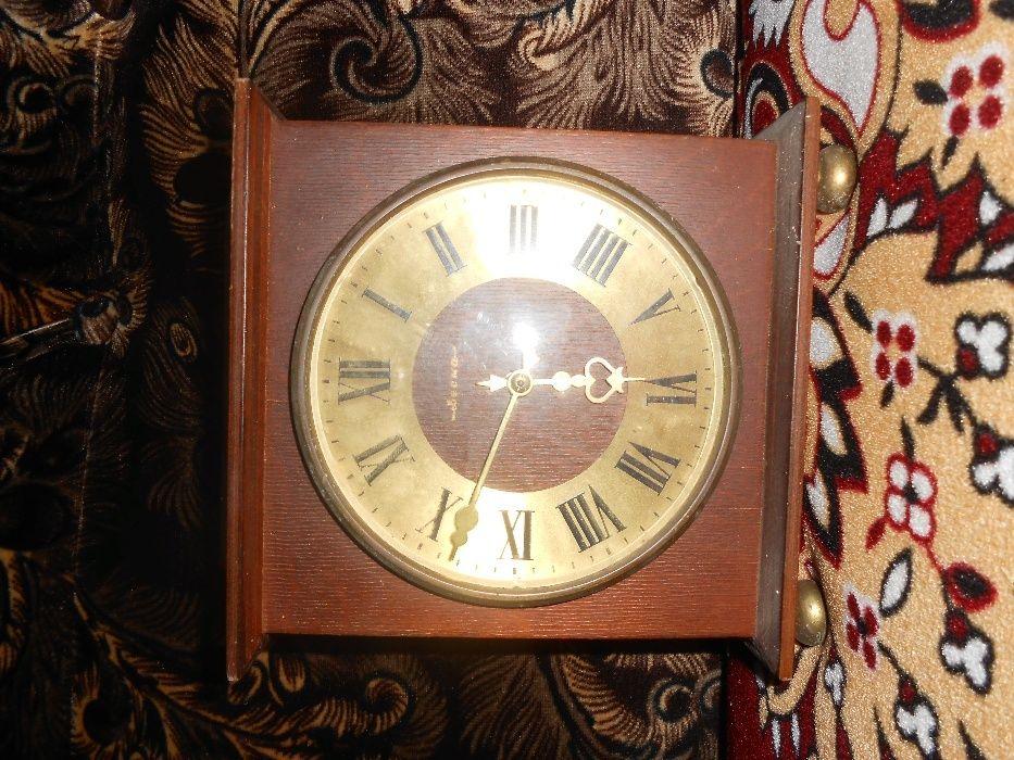 Продать настенные часы старые кому стоимость час газель в