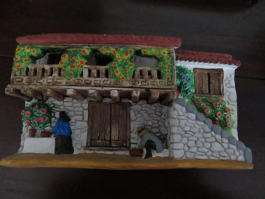 Casa Miniatura de Parede – Artesanato