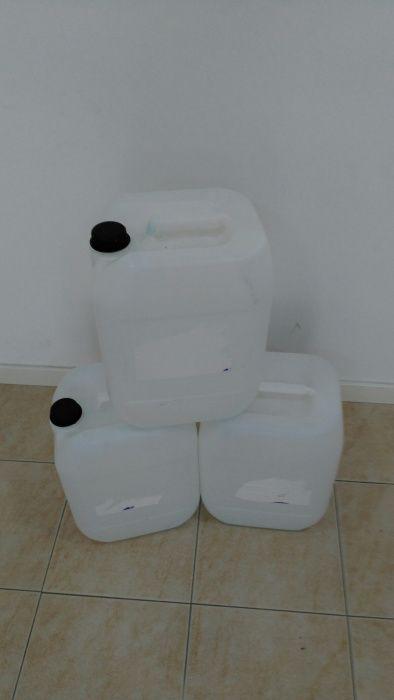 Garrafões de 20L plástico