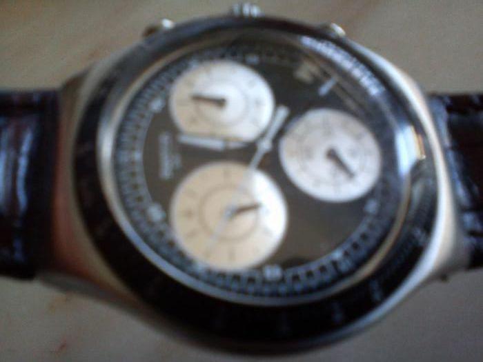 Relógio Swatch Irony Chrono original com bracelete em pele como novo