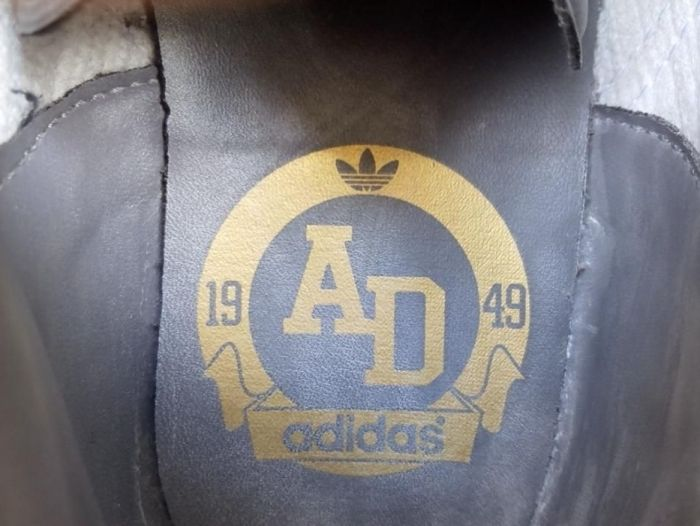 849f5b93522 Sapatilhas Footsal   Futebol Sala Marca Adidas (Saldos!) Mafamude E Vilar  Do Paraíso