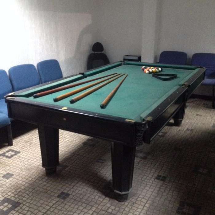 Mesa de Bilhar Snooker muito antiga