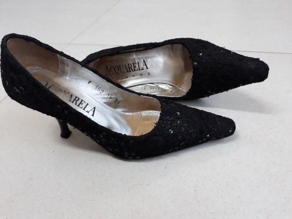 6d6597582 Sapatos de cerimónia de senhora 34