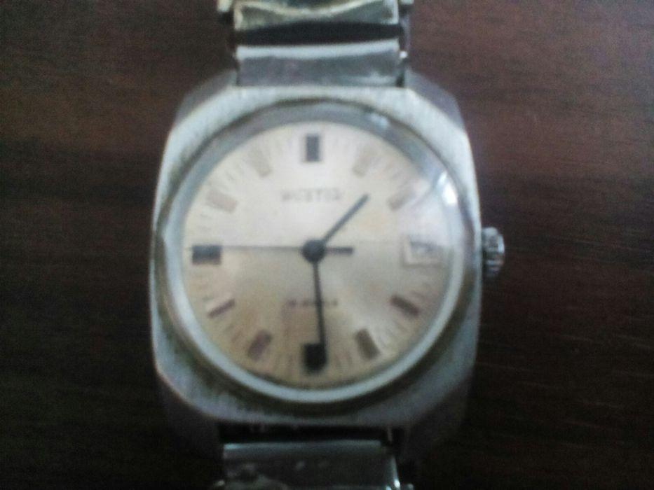 Восток продам часы стоимость буран часы