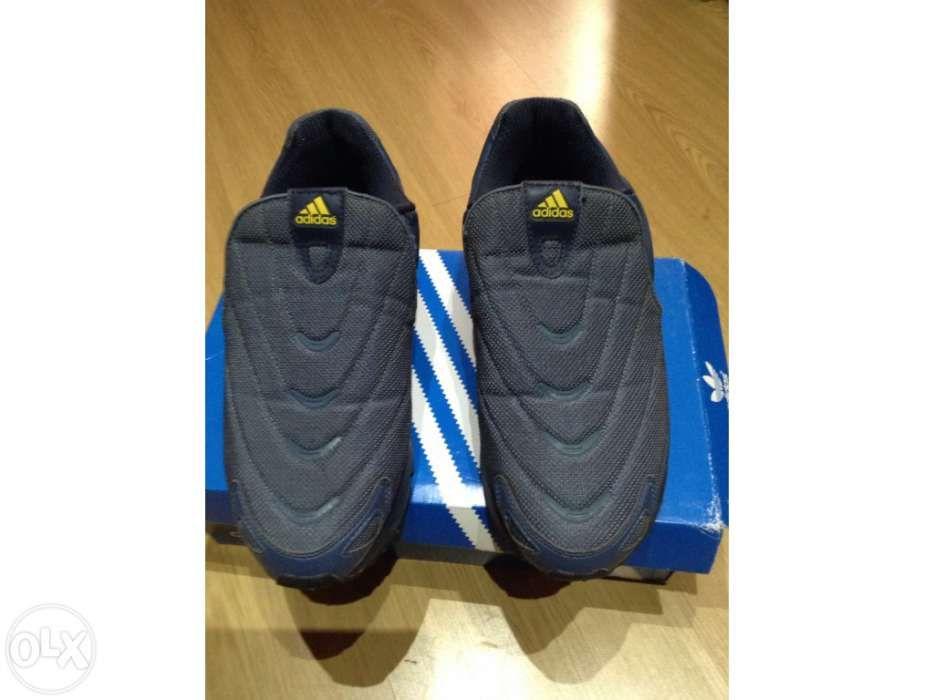 39a35fd08a2 Tenis Adidas - Calçado em Almada - OLX Portugal
