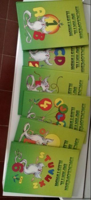 Enciclopédia infantil ilustrada