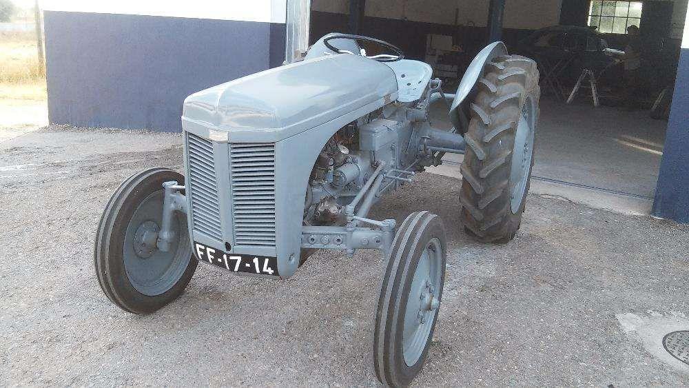 Tractor ferguson TE 20 de 1951