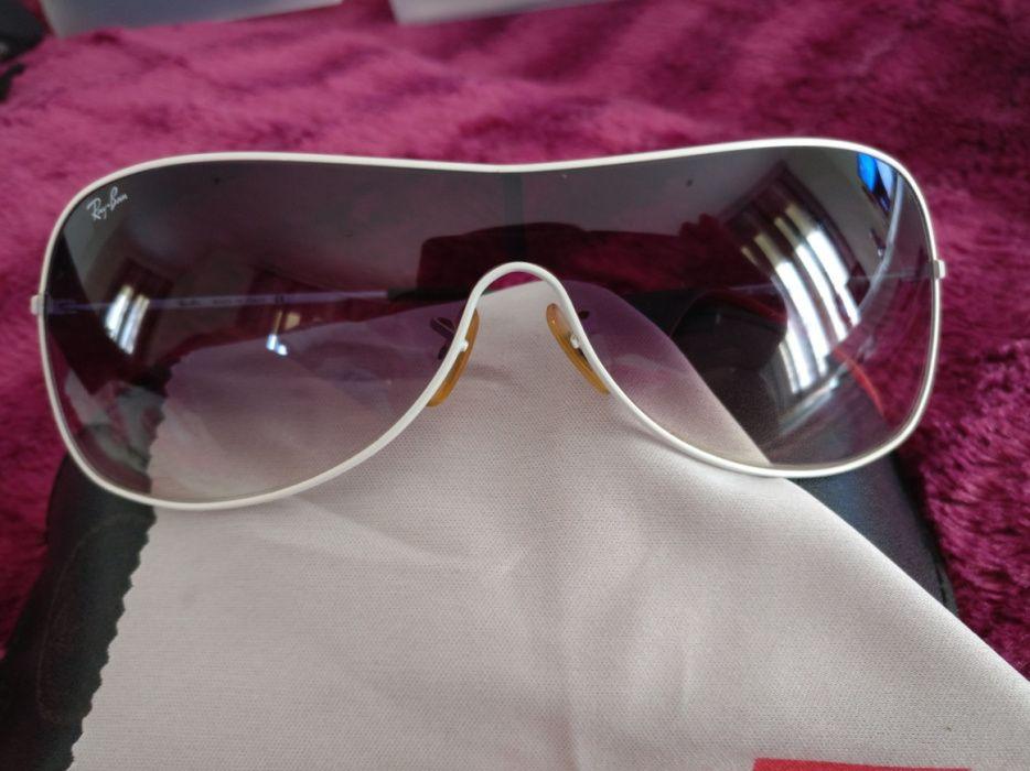 Oculos De Sol Ray Ban - Malas e Acessórios - OLX Portugal - página 8 4748a3759d