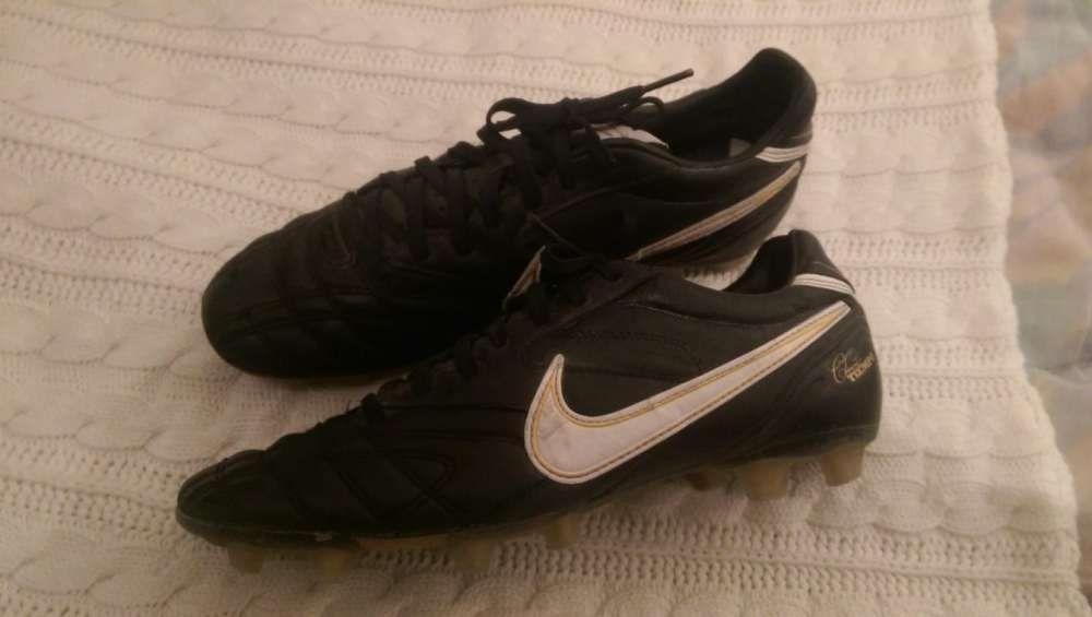 fa1d374338b1f Chuteiras de futebol Nike Classic Tiempo Póvoa de Lanhoso • OLX Portugal