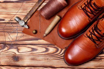 Ремонт обуви крупный, средний,мелкий. Ремонт роликовых коньков ...