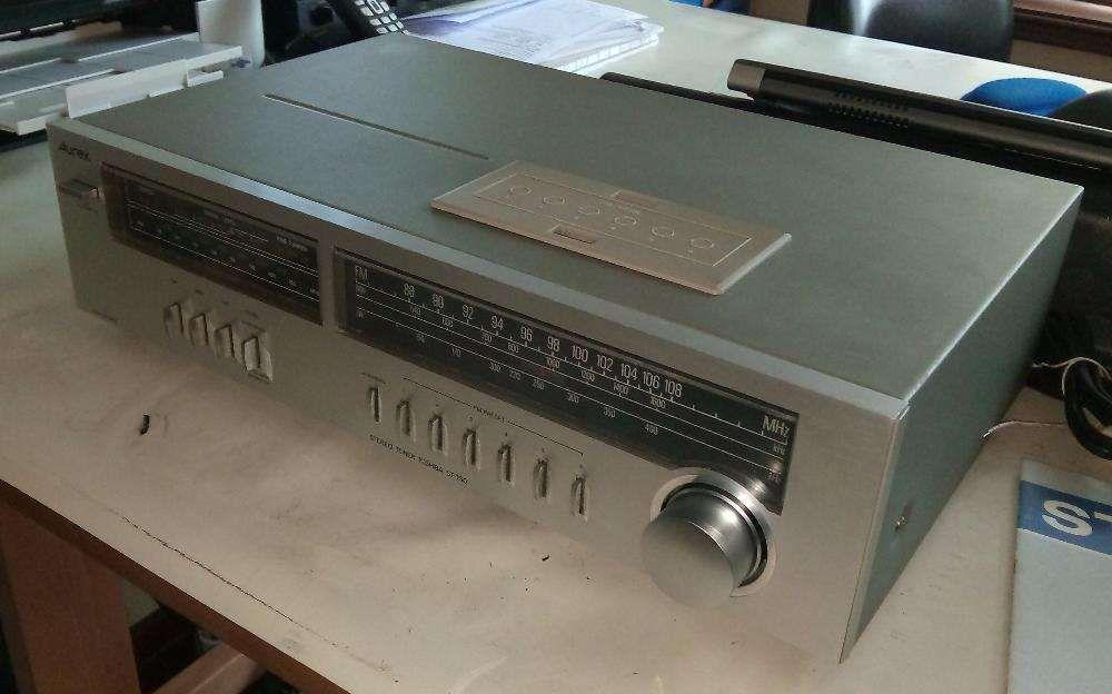 Toshiba Aurex ST-T50 stereo tuner (rádio sintonizador)