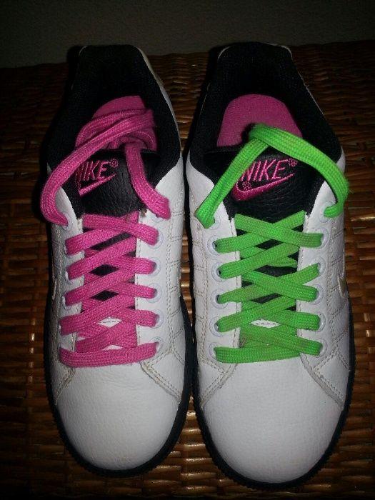 Calçados esportivos mulheres NIKE, tamanho 36 USADO COMO NOVO