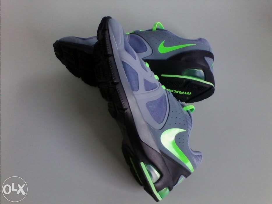 RUNNING Nike Air max n.º 44 - NOVOS e originais