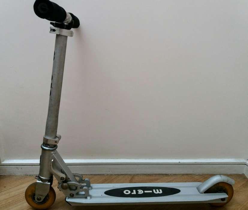 Skate scooter para crianças e adolescentes até 100 kg.ver fotos.