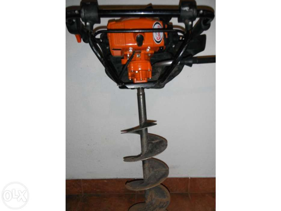 ALUGO Abre Buracos - Perfurador - STIHL BT121 - Como Nova