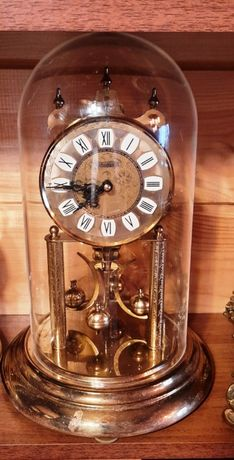 Годовики продам часы invicta продам часы