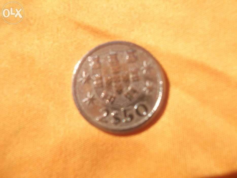 Moeda portuguesa 2$50 1964