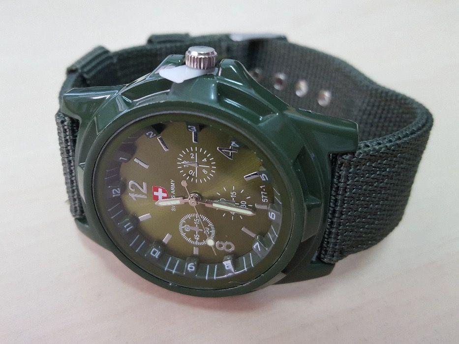 c910ede570b R0128 Relógio de Pulso Militar - Swiss Army em Stock 24h