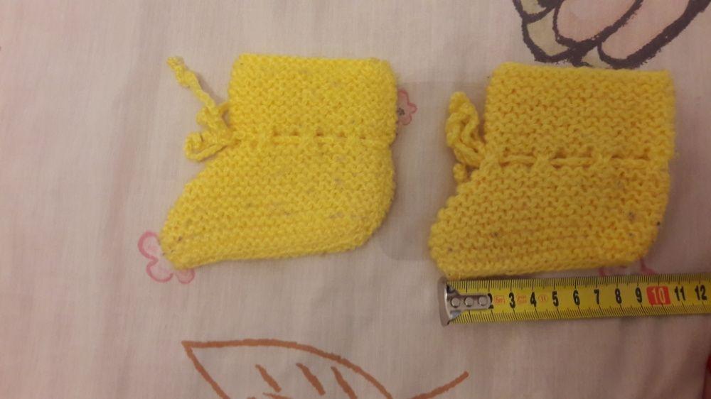 Botinhas de lã para bebé