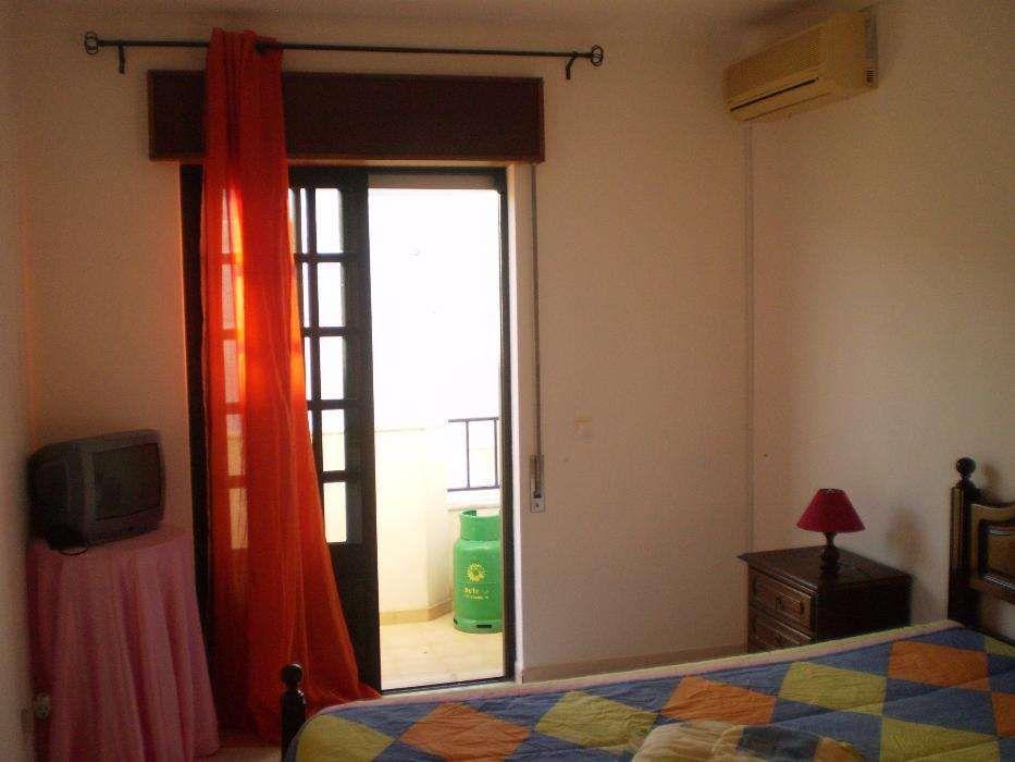 apartamento T1 com ar condicionado