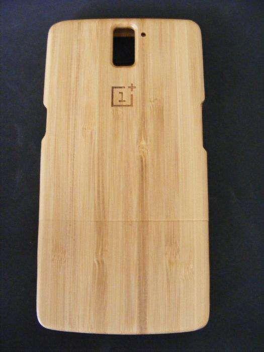 Capa em Bambu para One + 1