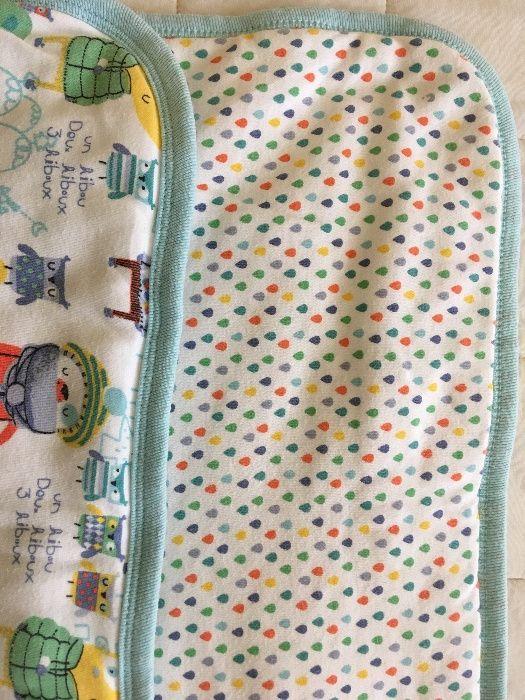 Colcha/manta acolchoada em algodão 68,5 x 80cm. 2 padrões