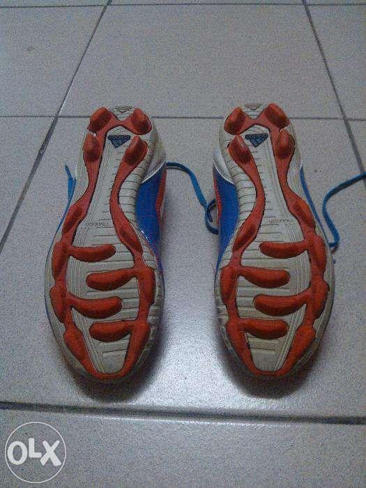 Chuteiras (Pitons Pequenos) Adidas F10 VermelhasAmarelas T