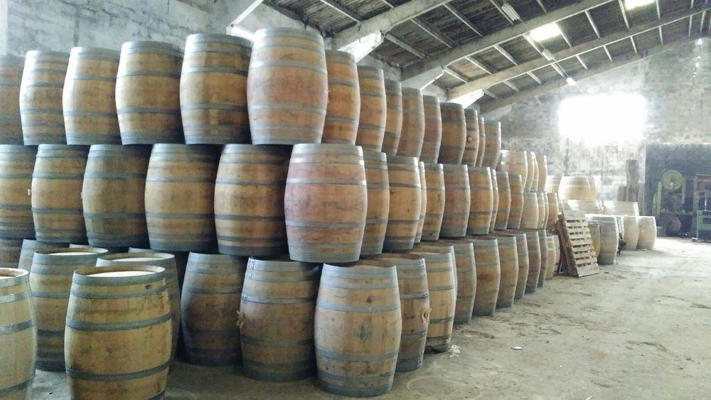Barricas/Barril/Pipos avinhados madeira de carvalho 225 litros Bougado (São Martinho E Santiago) - imagem 5