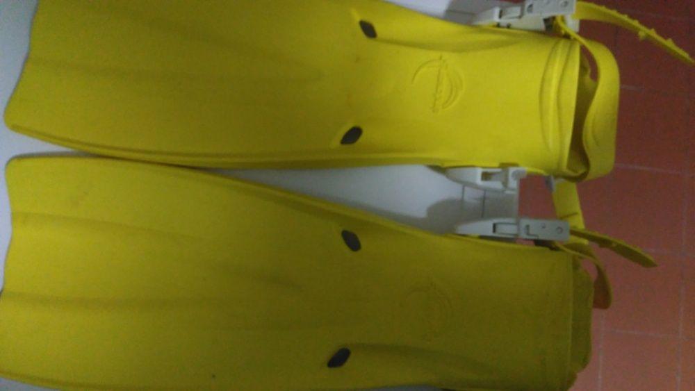 Barbatanas Mergulho (tamanho S) Otimo estado