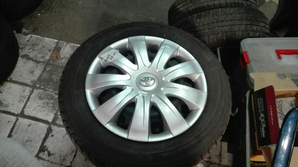 Jantes mini-Mercedes- Toyota com tampões PNEUS 175/65/15 novos