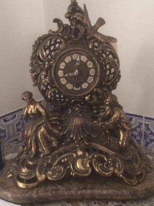 785de9bee7e Relogio Antigo De Mesa - Colecções - Antiguidades - OLX Portugal