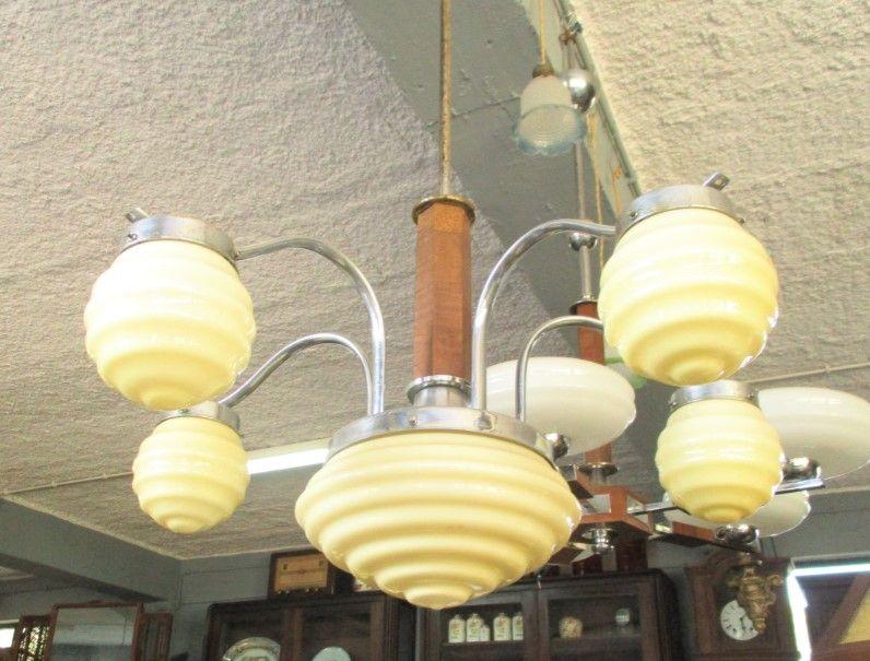 Antigo candeeiro Art Deco de seis lumes