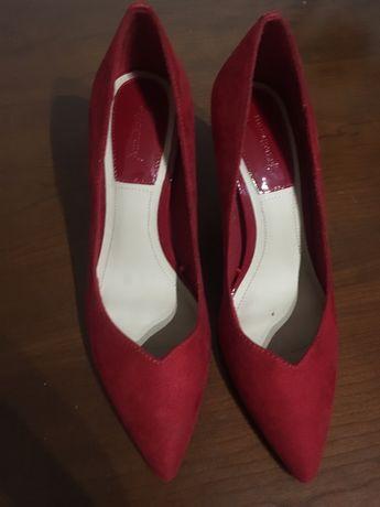 Sapatos Blanco salto 39 Porto Salvo • OLX Portugal