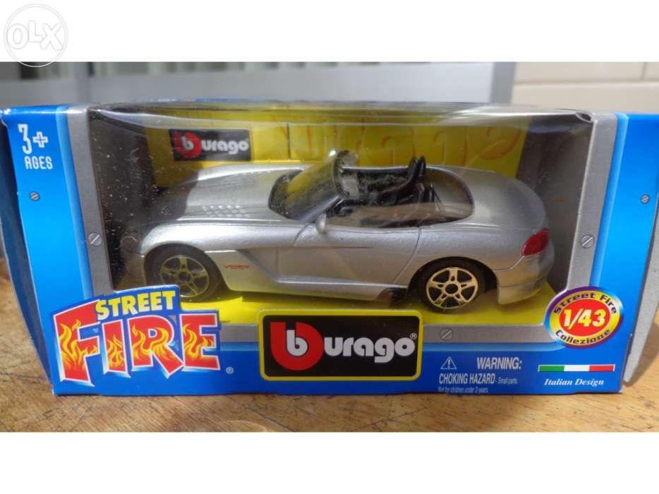 Carrinho miniatura Dodge Viper Esc. 1/43