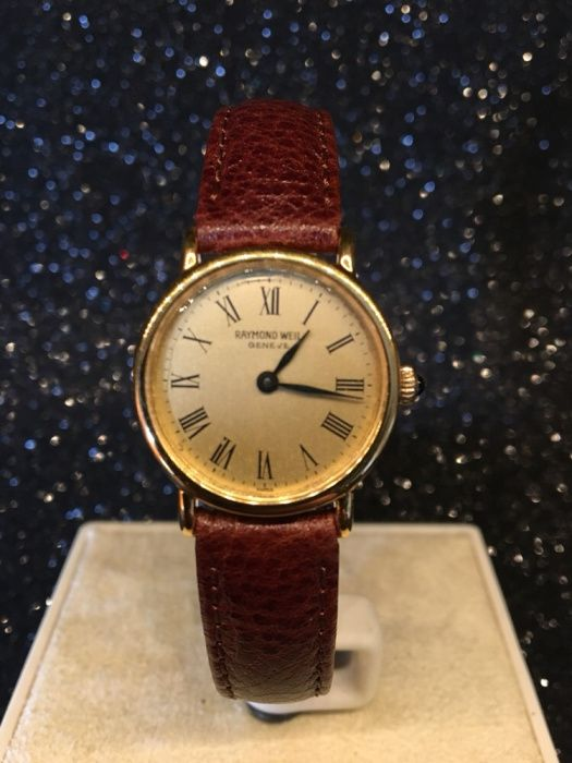 39b426ae9b1 Relógio Raymond Weil de senhora a corda
