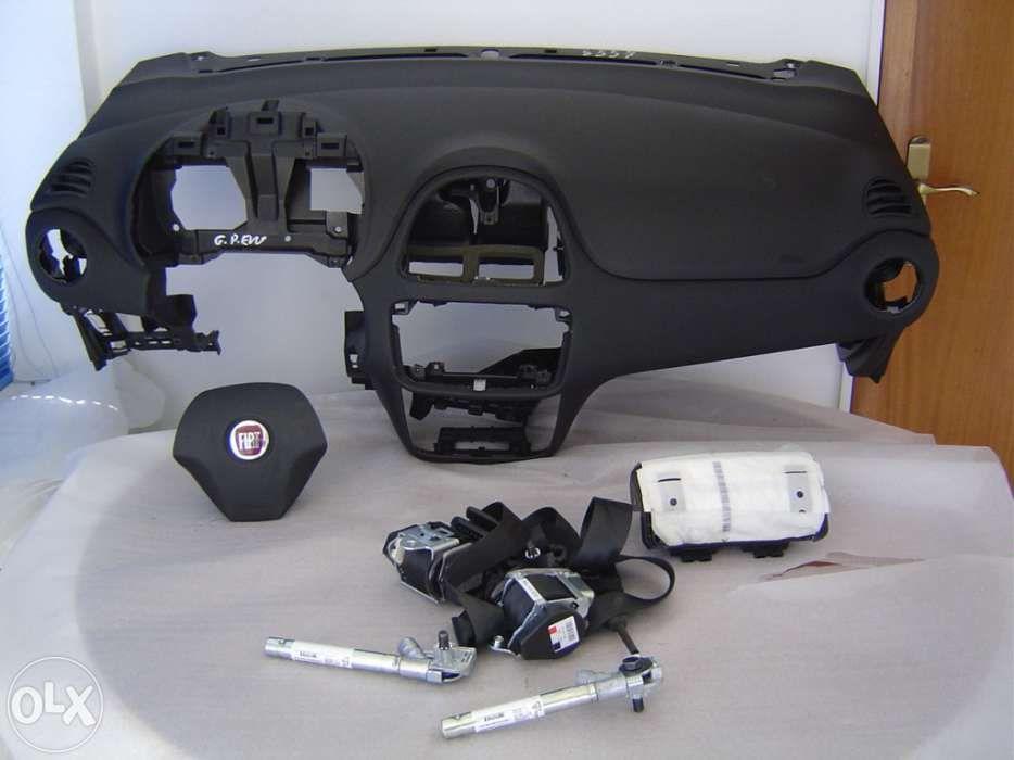 Fiat punto evo - airbags
